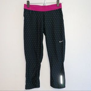 Nike Black Dri-Fit Epic Run Capri Size Small